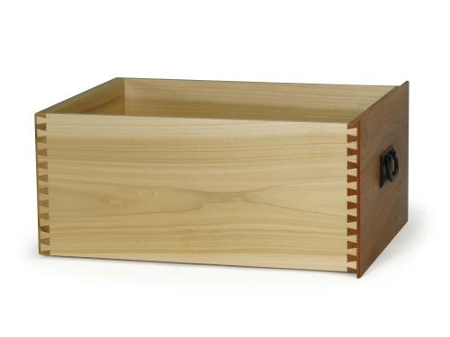 Leigh_RTJ400_drawer_19_32_inch_cut_depth_mahogany_830_CC_shad_3000px