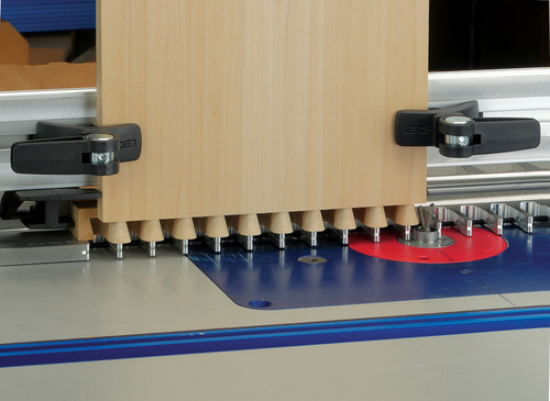 Leigh_RTJ400_half-blind_dovetails_895_3000px