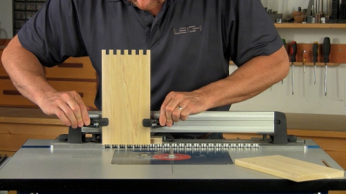Leigh_RTJ400_how_to_rout_box_joints_6_Vid_FF_2000px