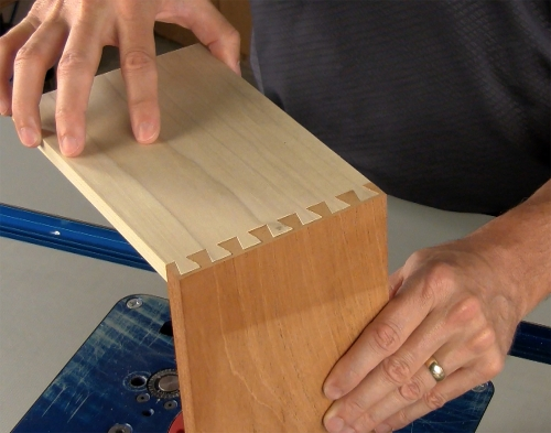 Leigh_RTJ400_how_to_rout_half-blind_dovetails_10_Vid_FF_1500px