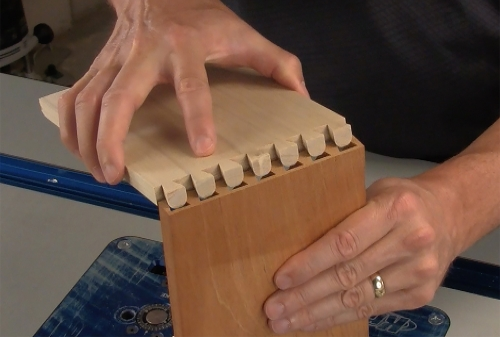 Leigh_RTJ400_how_to_rout_half-blind_dovetails_9_Vid_FF_1500px