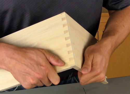 Leigh_RTJ400_how_to_rout_half-pitch_dovetails_12_Vid_FF_1500px