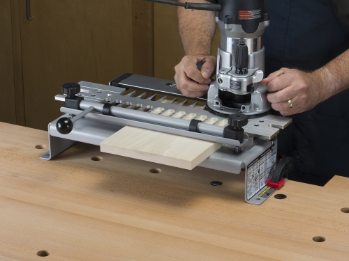 Leigh_VRS1200_jig_from_rear_router_181275_3000px
