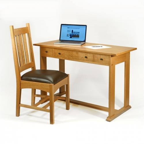 MT Chair and Desk Oak CC 28x28 72