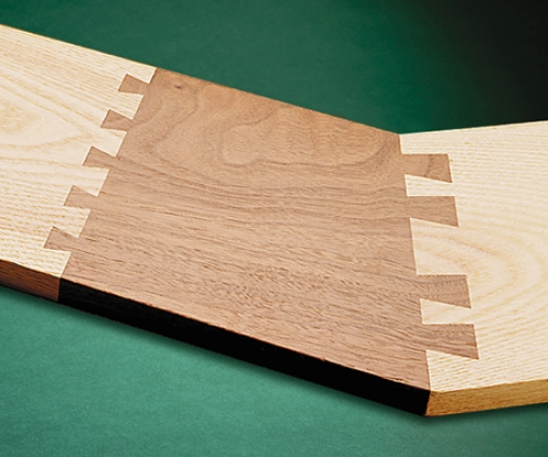 Angled end-on-end dovetails
