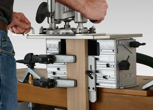 Leigh_FMTPro_routing_inline_tenon_hand_P1140394_1500px