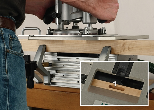 Leigh_FMTPro_routing_single_mortise_grey_bkgd_with_type_P1130889_1500px