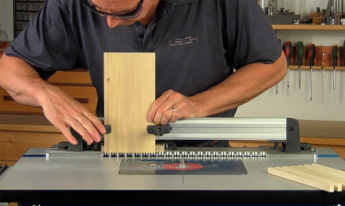 Leigh_RTJ400_how_to_rout_box_joints_8_Vid_FF_1500px